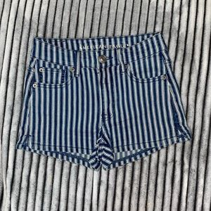 American Eagle Striped Shorts Size 00